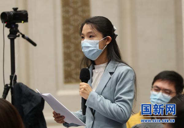 中央广播电视总台央广记者提问_large.jpg